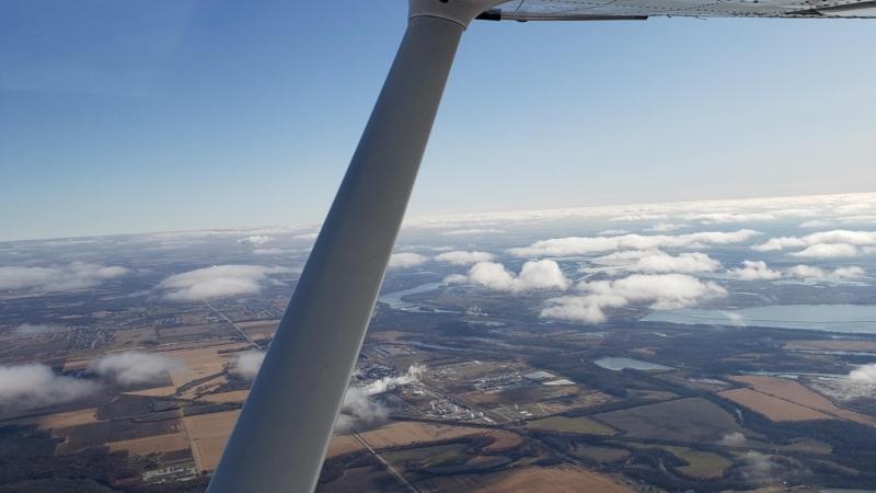 Copilot View Of Cessna Skyhawk Wing